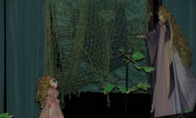 LEBEDELE, Hans Christian Andersen, Adaptare: Daniel Stanciu