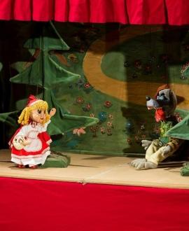 SCUFIŢA ROŞIE, spectacol gratuit în zona P-urilor, în cadrul Festivalului Axis Libri, Teatrul de Papusi Gulliver, Galati